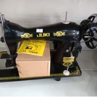 ماكينة جوكي خياطة كامله مع الصندوق